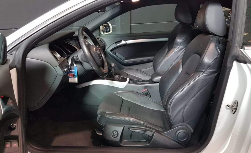 AUDI A5 3.0 tdi Quattro Manual